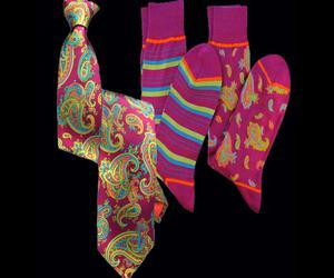 Stanley-lewis-fuschia-paisley-printed-tie-and-socks-m