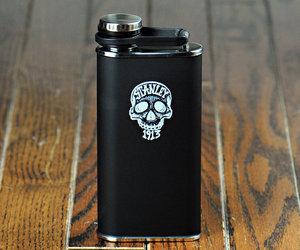 Stanley-skull-flask-m