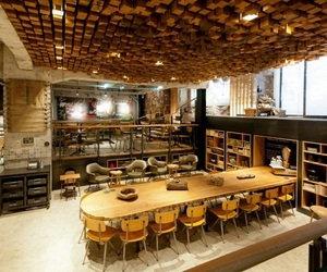 Starbucks-the-bank-concept-store-in-amsterdam-m