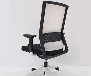 STAY Office Chair by Alegre Industrial Studio