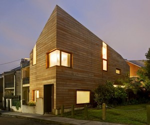 Stirling House in Sydney by MAC Interactive Architects