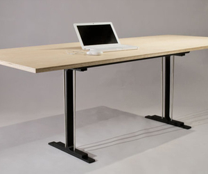 Stoller-works-partner-table-m