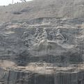 Stone-mountain-largest-high-relief-sculpture-in-the-world-s