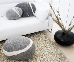 Stone-pillow-cushions-and-carpets-for-your-home-m