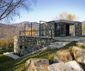 Stone-villa-hidden-in-the-terrain-m