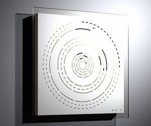 Strange-wall-clock-design-m