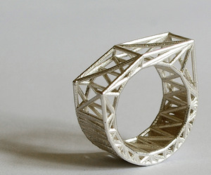 Structural-jewelry-by-bits-to-atoms-m
