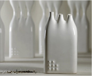 Studio-kahn-fragile-salt-pepper-shakers-m