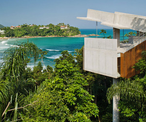 Stunning-concrete-home-in-ubatuba-by-spbr-arquitetos-m