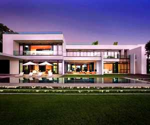Stunning Waterfront Modern Masterpiece by Ralph Choeff