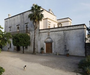 Stylish-18th-century-dream-home-in-italy-villa-elia-m