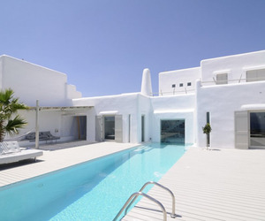 Summer House in Paros, Greece | Alexandros Logodotis