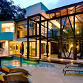 Sumptous-vacation-retreat-in-a-tropical-rainforest-s