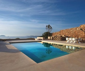 Sumptuous-luxury-villa-on-the-island-of-ibiza-m