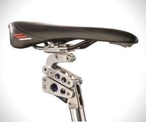 Suspension-bike-seat-post-by-bodyfloat-m