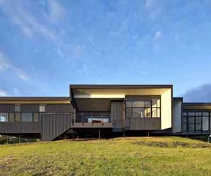 Sustainable-building-design-of-bryden-house-m
