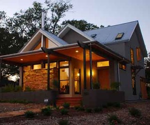 Sustainable-design-of-lori-quint-house-m