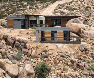 Sustainable-design-of-prefab-joshua-tree-desert-home-m