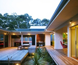 "Sustainable ""Seal Rocks House"" 