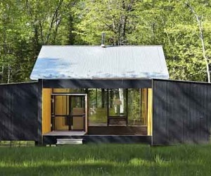 Sustainable-design-of-weeknder-prefab-by-lazor-office-m