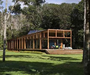 Sustainable-home-design-of-great-barrier-house-m