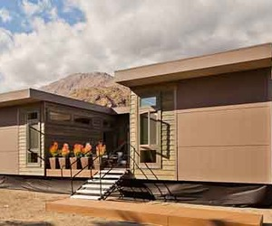 Sustainable-prefab-c6-home-by-livinghomes-m