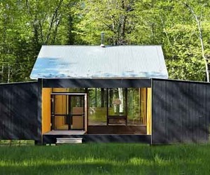 Sustainable-prefab-design-of-weeknder-house-by-lazor-office-m