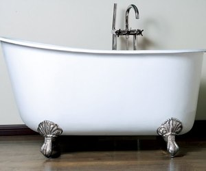 Swedish-style-slipper-tub-from-canyon-bath-m