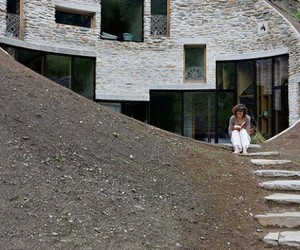 Swiss-mountain-house-by-search-christian-muller-architects-m
