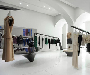 Sybarite-designed-store-in-moscow-m