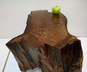 Table-casters-walnut-coated-copper-m