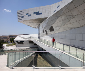 Taiyuan-museum-of-art-by-preston-scott-cohen-m