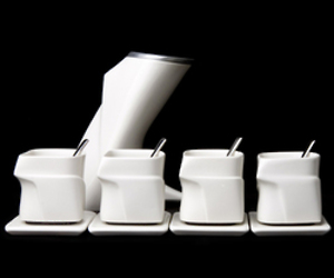 Tea set by Leo Livshetz