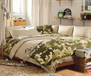 Teenage-bedroom-design-military-themed-m