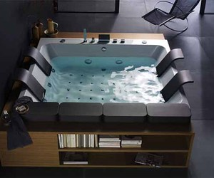 Thais-art-whirlpool-bathtub-by-blubleu-3-m