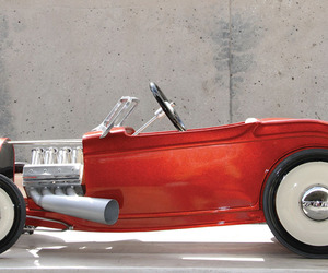 The 1932 Ford Hot Rod Is Remade, on a Small Scale