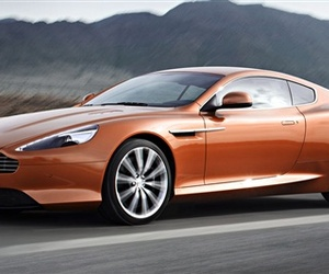 The-all-new-aston-martin-virage-strikes-a-balance-m