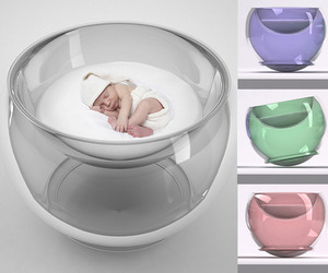 The Baby Bubble Bed by Lana Agiyan