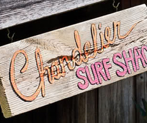 The-chandelier-surf-shack-m