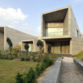 The-courtyard-house-by-sanjay-puri-architects-s