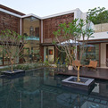 The-courtyard-house-in-india-by-hiren-patel-architects-s