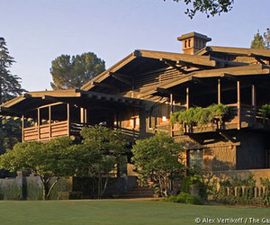 The-gamble-house-m
