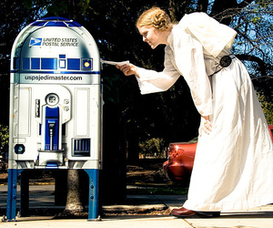 The-geekiest-mailboxes-ever-m