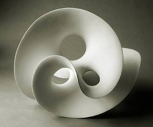 The-good-china-ceramic-sculptures-by-eva-hild-m