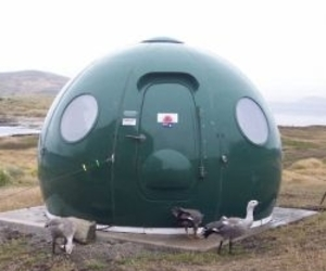 The-igloo-satellite-cabin-542-m
