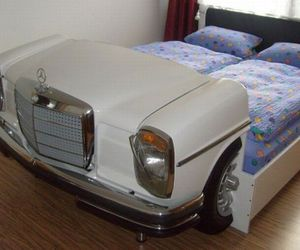 The-mercedes-bed-m