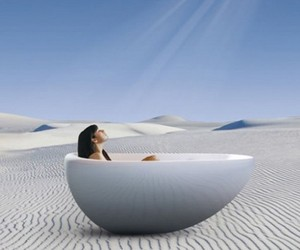 The-new-essencia-oval-bath-from-bainultra-m