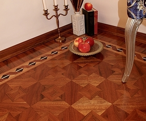 The-ribbon-hardwood-floor-border-inlay-m