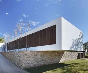 The-sustainability-of-sn-house-by-studio-guilherme-torres-m
