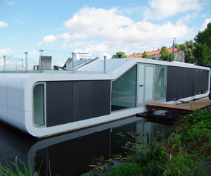 The Watervilla de Omval by +31 Architects